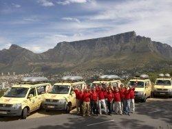 La expedición Cape2Cape contra el VIH alcanzan la cima del Tafelberg