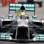 Rosberg gana en un accidentado Monaco
